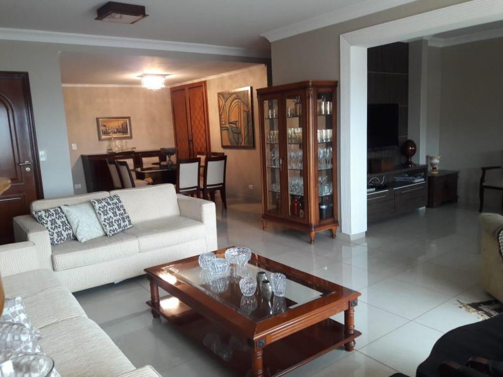 Apartamento com 3 dormitórios à venda, 169 m² por R$ 700.000 - Centro - Uberaba/MG