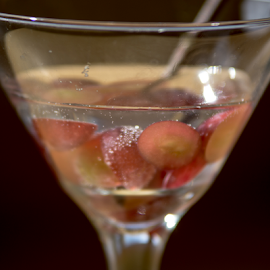 Sparkle Grapes by Tina Hailey - Food & Drink Plated Food ( grapes, tina's captured moments, sparkle, drinks,  )