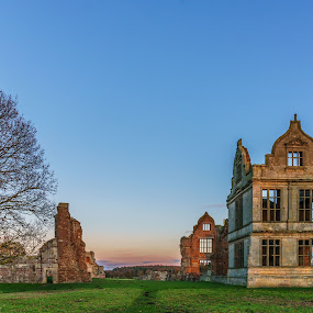 Moreton Corbet by Nigel Bishton - Buildings & Architecture Decaying & Abandoned