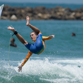 Ops by Yuval Shlomo - Sports & Fitness Surfing