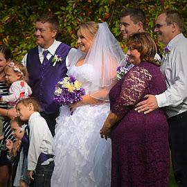 by Emil Gunnary - Wedding Groups