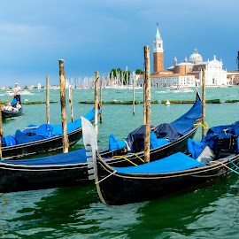 Venice by Sagar Jogadhenu - Transportation Boats ( beautiful, boats, gondala, venice, scenery )