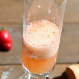 Sparkling Strawberry Champagne Cocktail