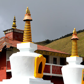 The Shining Chortens............. by Soutik Halder - Buildings & Architecture Statues & Monuments ( sandakphu, buddhism, india, stupa, darjeeling )