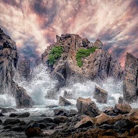 Sea Monster-s.jpg