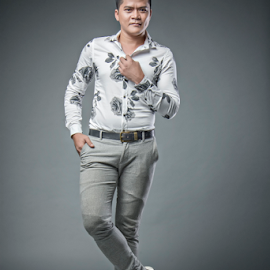 by WanUkay Perdana - People Fashion ( studio, fashion, malaysia, men, photography )