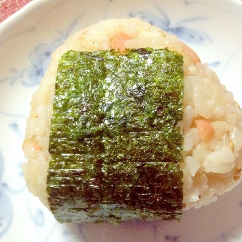 Butter and Soy sauce taste Salmon Onigiri (rice ball)