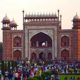 South gate, Taj Mahal, Delhi, India  by Asif Bora - Buildings & Architecture Public & Historical