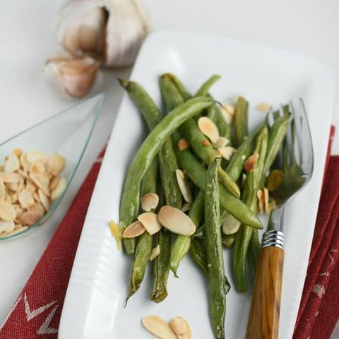 French Beans With Toasted Almonds And Garlic