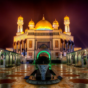 Jame' Asr Haji Hassanil Bolkiah, Brunei Darussalam by Mohamad Sa'at Haji Mokim - Buildings & Architecture Places of Worship ( building, mosque, buildings, architecture )