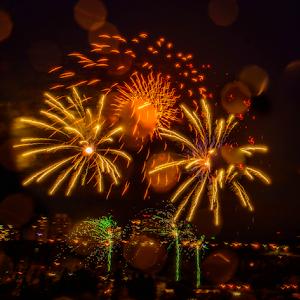 8350jpg Firework July -18-1.jpg