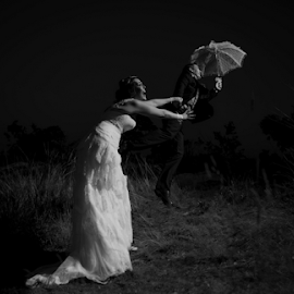 Wind by Lood Goosen (LWG Photo) - Wedding Bride & Groom ( bride, wedding dress, groom, wedding photography, wedding photographer, bride and groom, bride groom, weddings, wedding day, wedding photographers, wedding )