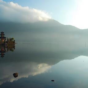 Ulundanu by Yande Ardana - Landscapes Travel ( bali, bedugul, beratan, ulundanu )