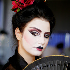 Geisha by Crissa Iio - People Body Art/Tattoos ( makeup, art, japanese, fan, black )