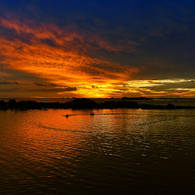 by Dhy-Vhan Neutron - Landscapes Sunsets & Sunrises
