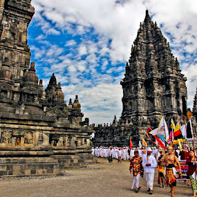 Tawaur Agung Parade by Rudi Yanto - News & Events World Events ( hindu, prambanan, tawur agung )