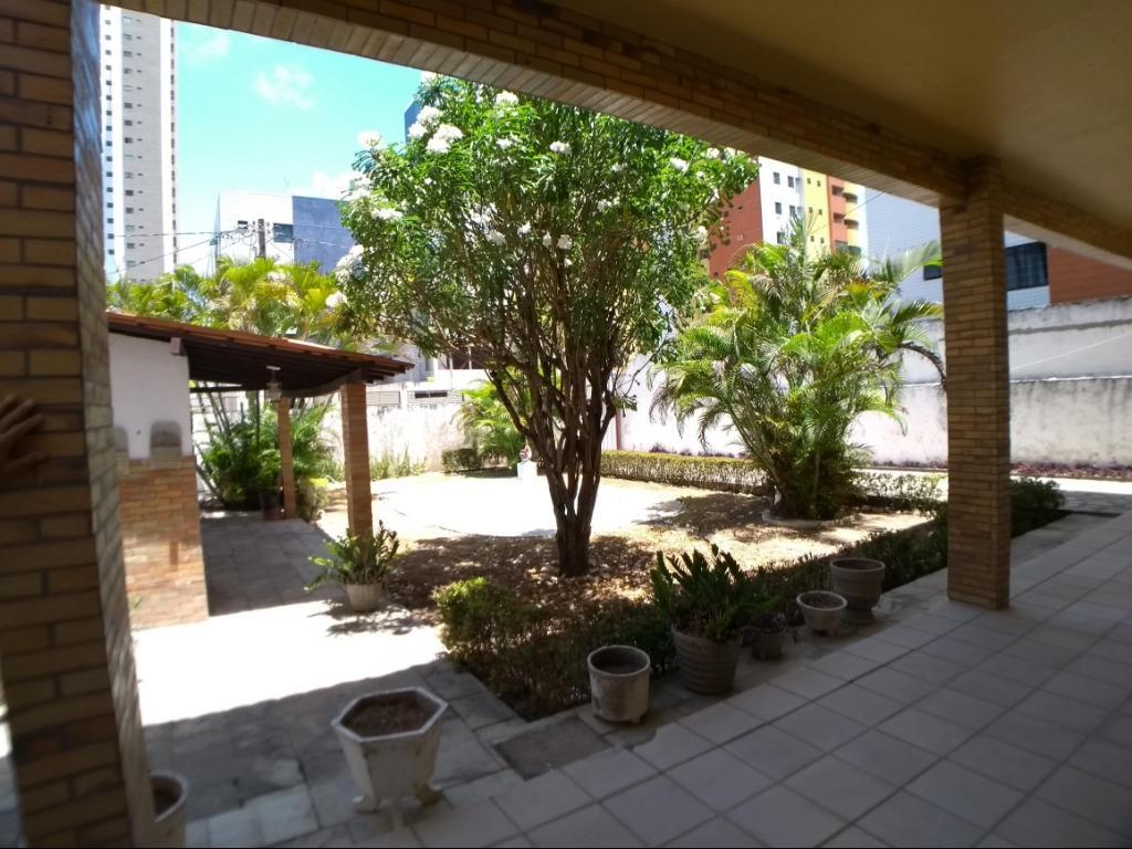 Casa com 4 dormitórios à venda, 380 m² por R$ 990.000 - Jardim Oceania - João Pessoa/PB