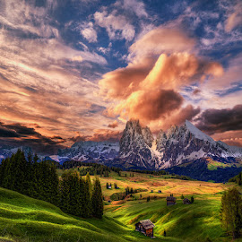 by John Aavitsland - Landscapes Cloud Formations