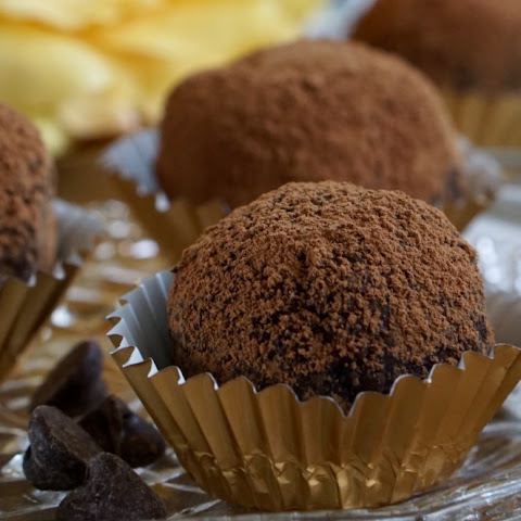 Healthy Low-Fat and Low-Sugar Chocolate Banana Bites