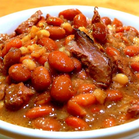 Beef, Bean and Barley Stew – Cholent