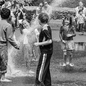 Fountain Fun--Chicago by Neal Kulick - Babies & Children Children Candids ( children  fun )
