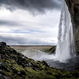 Tourists capturing the waterfall by Kjetil Palmquist - Landscapes Mountains & Hills ( fisheye, seljalandsfoss, iceland, wideangel, waterfall, landscape, panorama, norway )