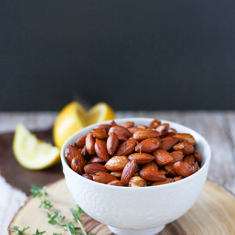 Lemon Thyme Toasted Almonds