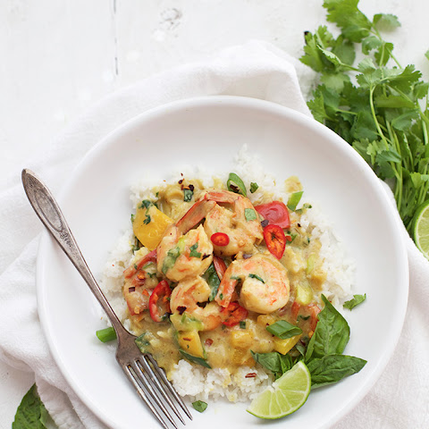 Shrimp Curry in Creamy Coconut Sauce