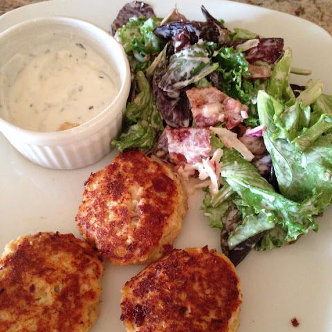 Crab/Salmon/Tuna Cakes