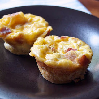 Bacon Cheddar and Spinach Egg Cups