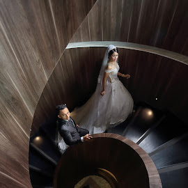 by Edo Slamet - Wedding Bride & Groom