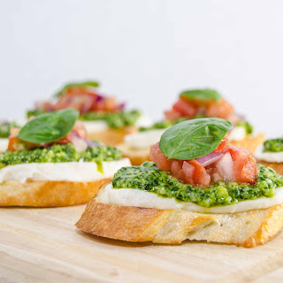 Pesto And Mozzarella Bruschetta Recipes
