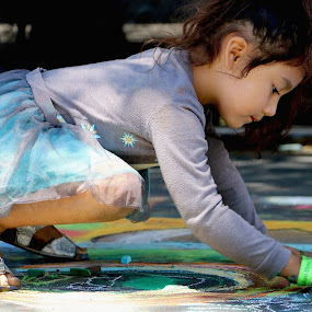 The youngest street artist by Robin Rawlings Wechsler - Babies & Children Children Candids ( child, girl, creative, street art, painter, artist, painting, chalk artist, portrait, street photography )