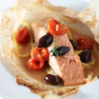 Salmon En Papillote With Cherry Tomatoes, Fennel, and Kalamata Olives