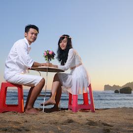 Rengga & Clara by Rochmad Hidayat - People Couples