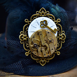 Steampunk Hat by Marco Bertamé - Artistic Objects Other Objects ( decoration, clock, number, yellow, roman, steampunk, key, golden, hat )