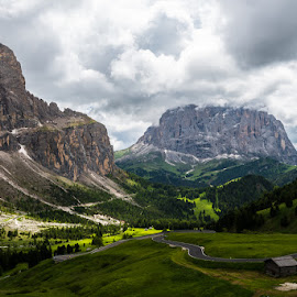 Dolomites landscape by Andrea Incerti - Landscapes Mountains & Hills ( clouds, mountains, colorful, trekking, landscape photography, trentino alto adige, rocks, alps )