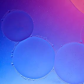 Orbs #1 by Daniel Erstad - Abstract Fine Art