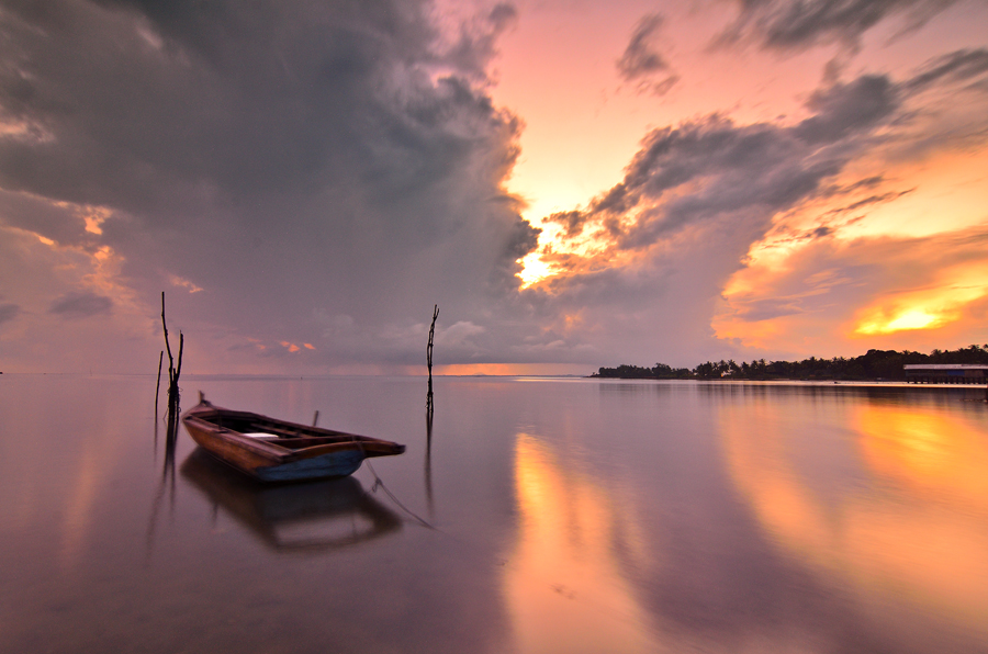 Burn in the morning by Irwansyah St - Transportation Boats