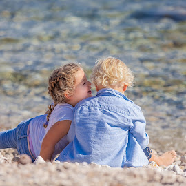 Happy Kids by Gregor Grega - Babies & Children Children Candids ( love, blonde, eternal love, blue, chatting, lovely, sea, happiness, beauty, beach, kids, cute, stones, smiling )
