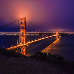 Golden Gate Bridge in the Morning Fog by Wenjie Qiao - City,  Street & Park  Vistas ( golden gate bridge, fog, san francisco )