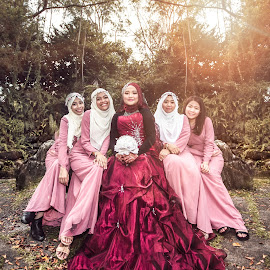 by Deenna Aziz - Wedding Groups