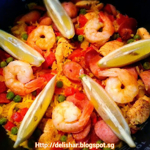 Rice Cooker Paella
