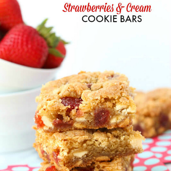 Strawberries and Cream Chocolate Chip Cookies Bars Recipe | Yummly