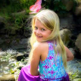 Sunbeam by Kerry Perkins - Babies & Children Child Portraits ( girl, child portrait, children, kids, kids portrait )