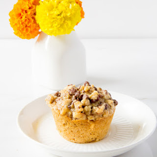 Whole Wheat Oatmeal Muffins with Mini Chocolate Streusel