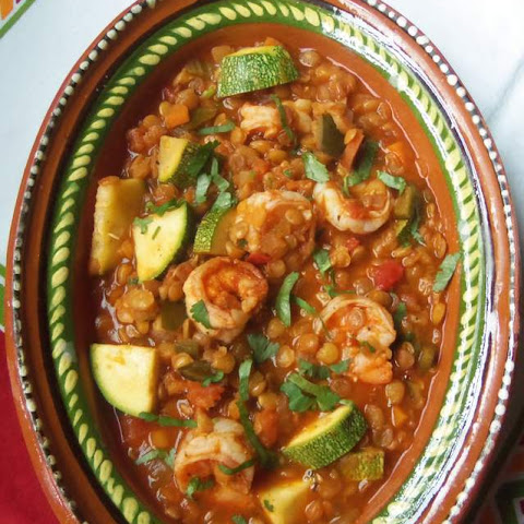 Lentejas Con Camarones y Calabacitas (Lentils With Shrimp and Squash)