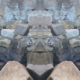 by Mark Heath - Nature Up Close Rock & Stone