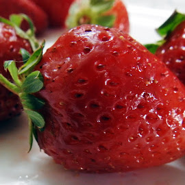 Strawberry 6 by Pradeep Kumar - Food & Drink Fruits & Vegetables