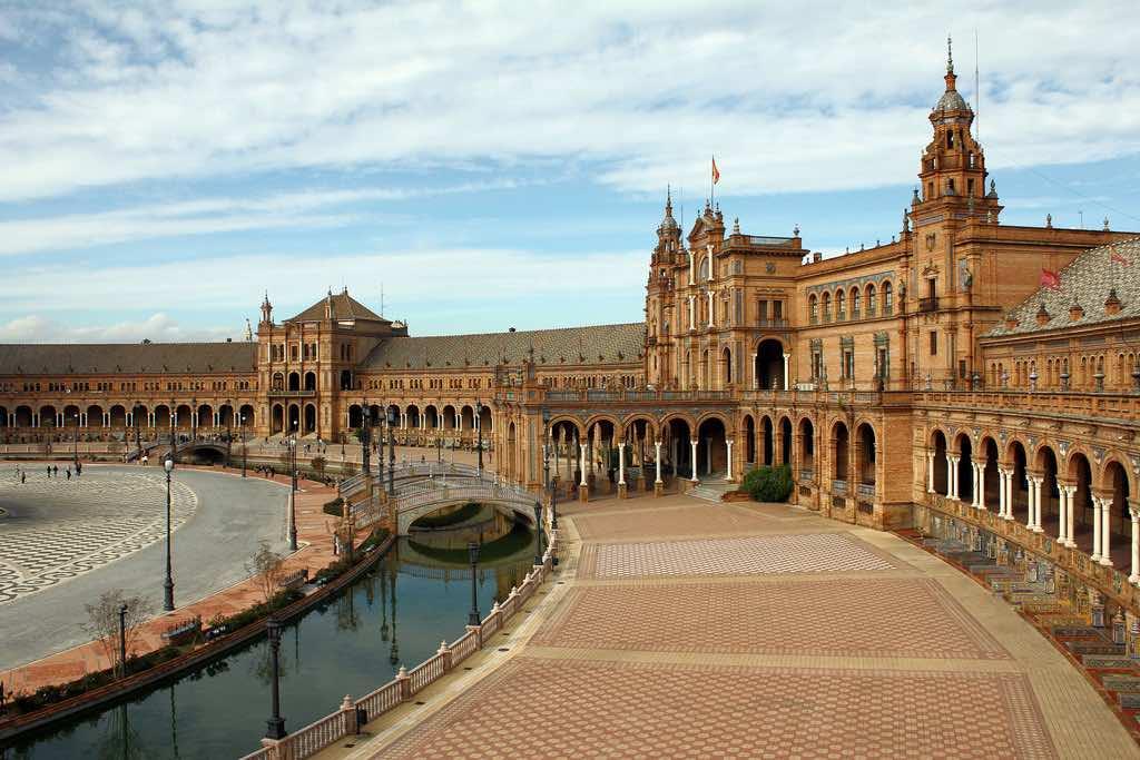 Descubre Sevilla en Otoño.